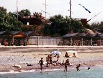 Пляж и набережная в Песчаном